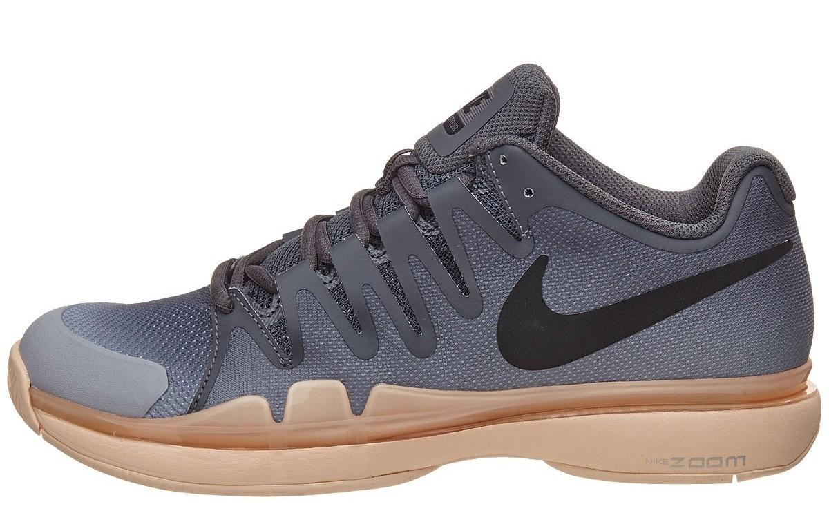 Теннисные кроссовки женские Nike WMNS Zoom Vapor 9.5 Tour dark grey/black/orange quartz