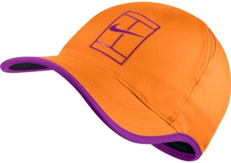 Теннисная кепка Nike Court U Aerobill Feather Light Cap tart/vivid purple/black/vivid purple