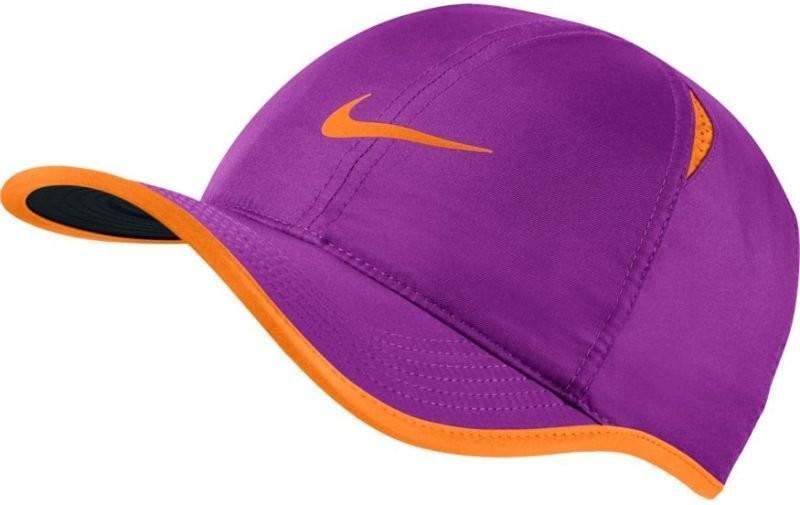 Теннисная кепка Nike U Aerobill Feather Light Cap vivid purple/black/tart/tart