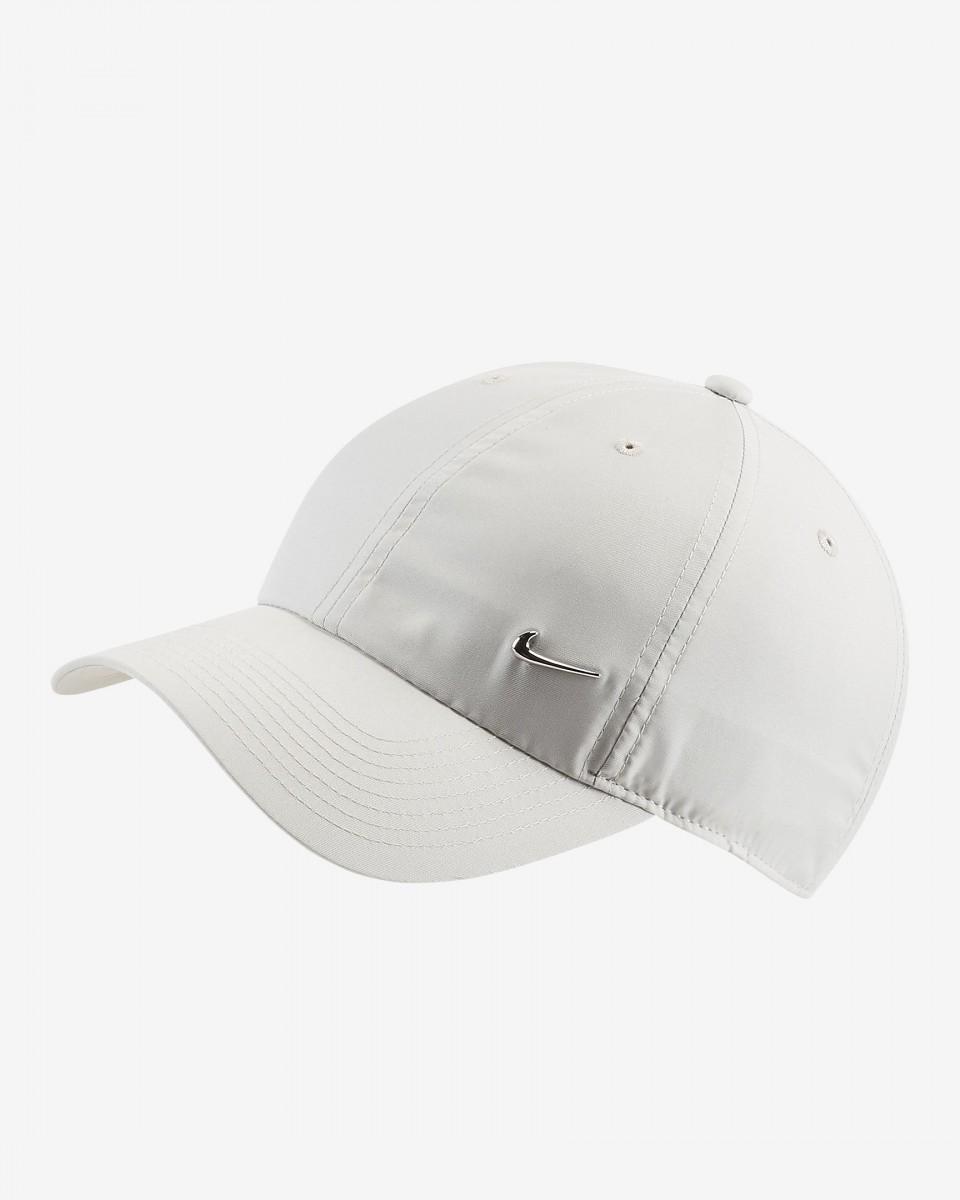 Теннисная кепка Nike H86 Metal Swoosh Cap light beige/metallic silver