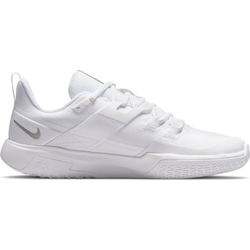 Теннисные кроссовки женские Nike Court Vapor Lite white/metallic silver