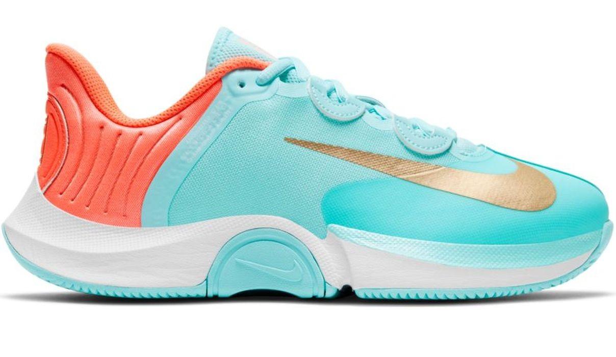 Теннисные кроссовки женские Nike WMNS Air Zoom GP Turbo copa/metallic gold/gold bright/mango white